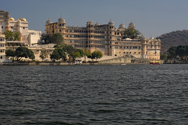 City Palace Udaipur | Entry Fees | Timing | History | Things to do